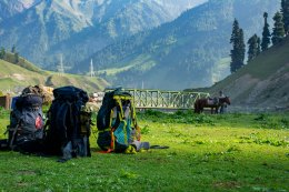 1. Backpacks awaiting their their trekkers. @ Sonmarg basecamp