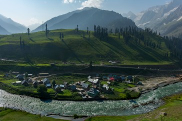 4. Sonmarg valley @Enroute Shekdur meadows _Nichnai_